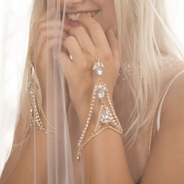 imixlot Moda Gold Rhinestone Hand Harness Slave Chains Finger Rings  Bracelet Sweet Bangles For Women Wedding Bridal Jewelry 271049ee1a4e