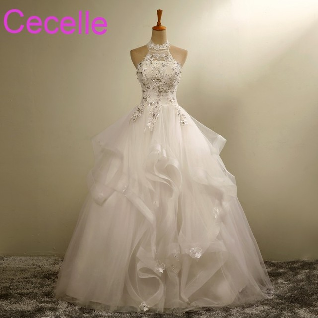 Ball Gown Long Wedding Dresses 2018 Halter Beaded Lace Ruffles Organza Country Western Floor Length Bridal