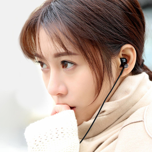 Image 5 - Xiaomi Mi Earphones Dual Units Half 3.5MM Wire Control In Ear Earphones for Mi A1 Redmi 5 Plus Smartphone for samsung s10