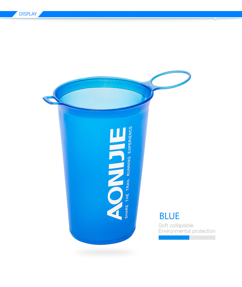 Foto of blue color water's flask folding TPU for sport. Collapsible flask of water 500ml for hiking