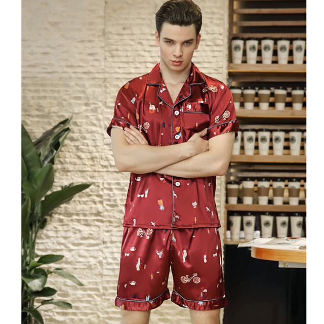 2018 New Men Satin Silk Sleepwear Print Red Set Short Sleeve and Shorts  Pajamas Shorts Soft Nightgown Spring and Summer Homewear c5043feb9