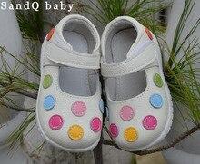100% zapatos de cuero suave bebé niños mary jane blanco con lunares multicolores clásicos para las niñas los niños lindos