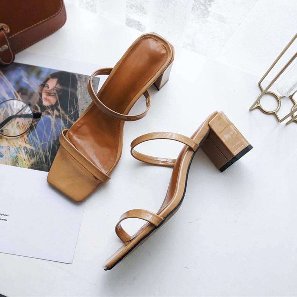 Venda quente chaussures femme Casuais sandálias de Dedo Aberto das Mulheres Ao Ar Livre Cores Sólidas Chinelos Saltos Quadrados Sapatos zapatos de mujer & 35