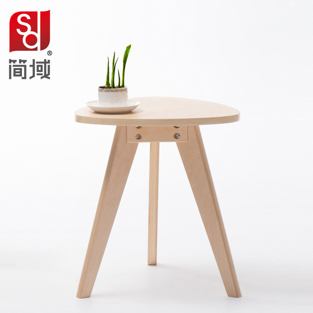 Simple Wooden Coffee Table Circular Domain Modern Side Table In Front Of  Several Simple Stylish Coffee