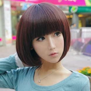 Fashion Girl With Short Hair Qi Oblique Bangs Head Of Bobo Repair - Short hair bob girl