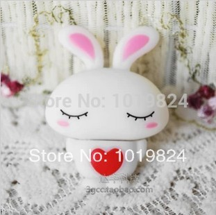 Wholesale cartoon lovely rabbit model 4GB 8GB 16GB 32GB USB 2.0 Flash Memory Stick Drive Thumb/Car/Pen S118 usb stick