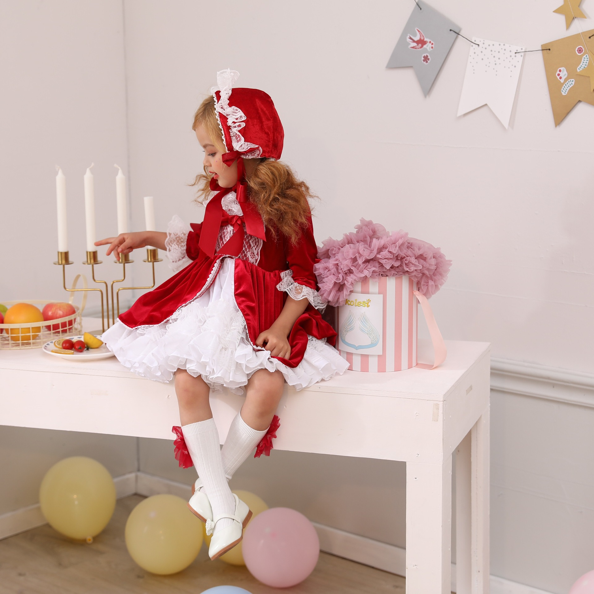Robe de princesse de vent de cour espagnole 4 pièces ensemble de vêtements pour enfants Quinper enfants robe cadeau d'anniversaire robes de bambin Style Lolita