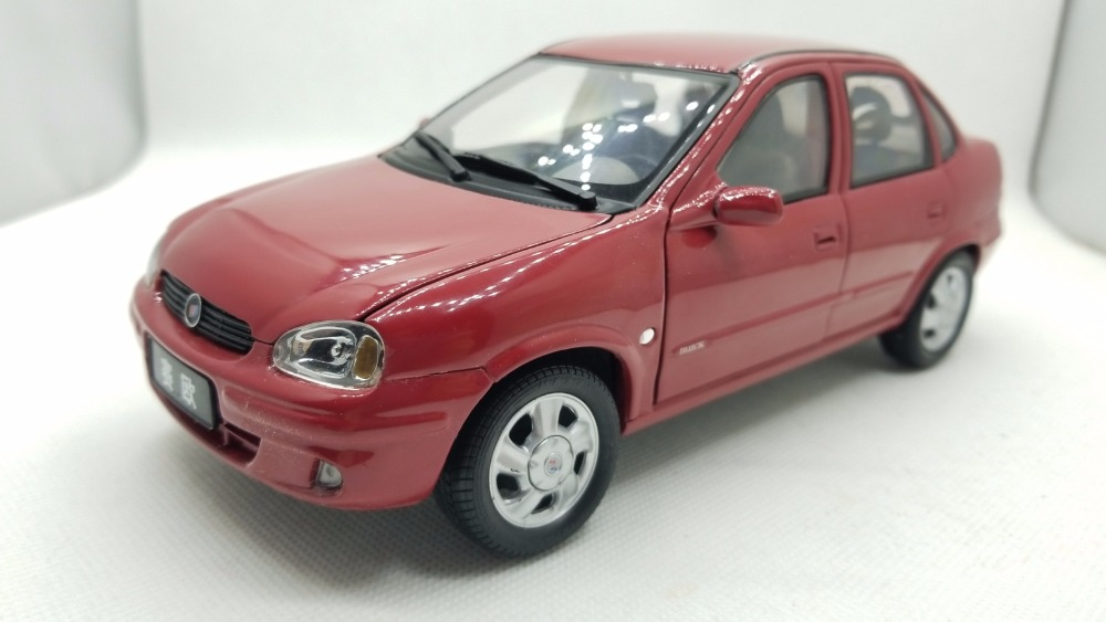 1:18 Diecast Model for GM Buick Sail 2004 Red Sedan (Paint defect & without color box) Rare Alloy Toy Car Miniature Gifts