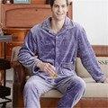 2017 Venda Homens Pijama Sexy Pijamas Masculinos Coral Pijama dos homens acolchoado Terno No Outono E Inverno Serviço de Casa de Pijama Meninos aumentar