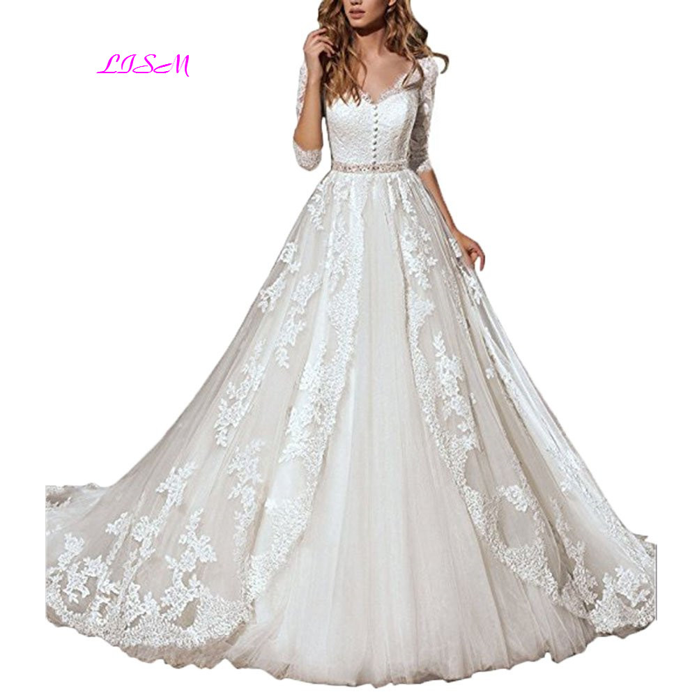 Vintage Lace Long Princess Wedding Dresses Half Sleeves Bow Belt Tulle Bridal Dress V-Neck Beaded Sheer Back vestido de noiva