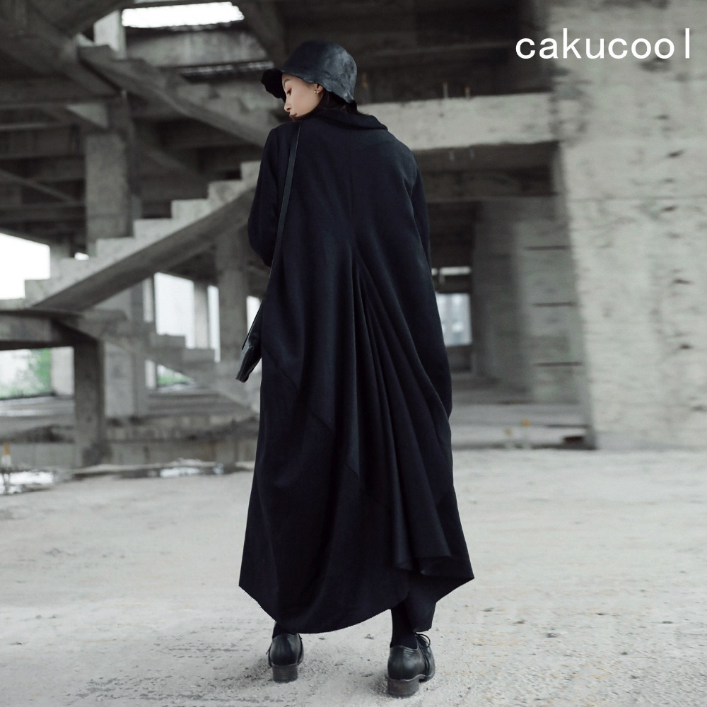 Cakucool New Women Extra X-long Wool Blends Loose Large Size Asymmetric Pleated Winter Coat Solid Black Novelty Outerwear Women