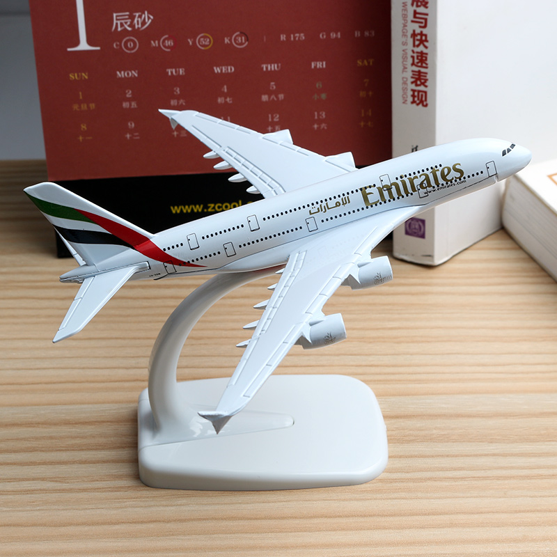 16cm United Arab Emirates Plane Model A380 UAE Airlines Airbus Model Boeing 777 B777 Aviation Aircraft Airplane Model Toy 1:400 цена