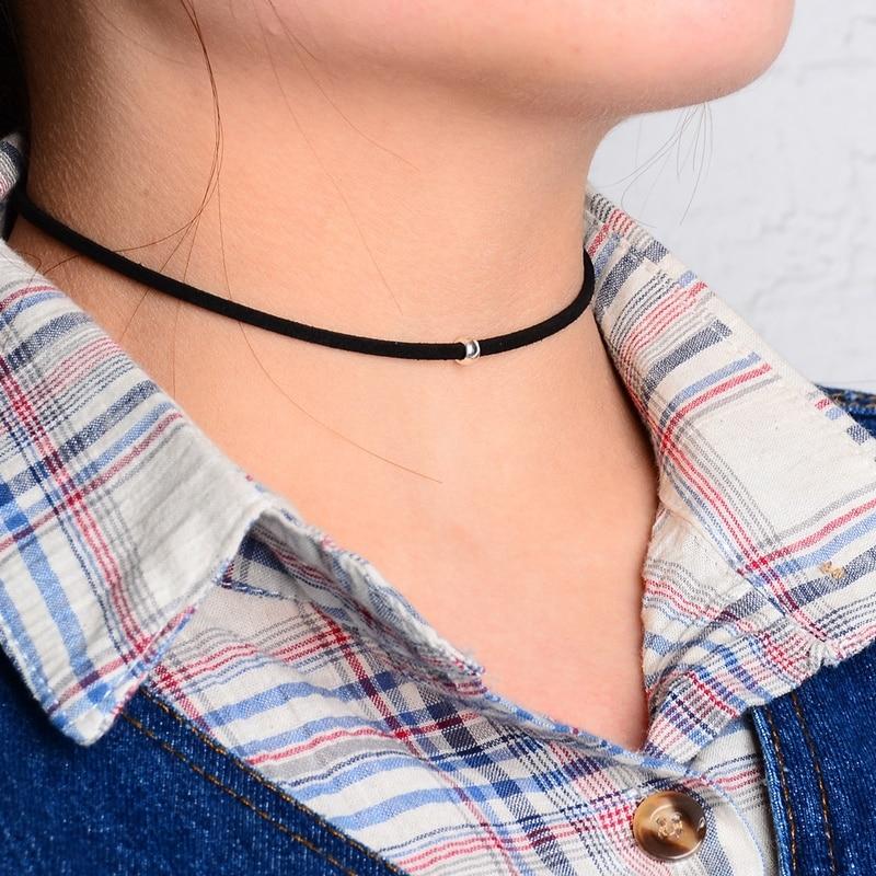 Grânulos de prata Encantos Colar Curto Design de Moda Simples Gargantilha  Preta para Homens e Mulheres Casal Punk Jóias 6797f78d8b56a