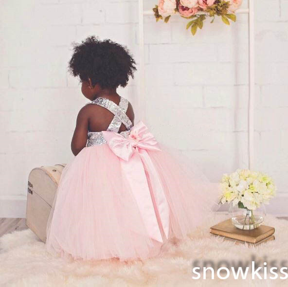 Bling silver sequins pink tulle flower girl dress ball gown toddler graduation outfit baby criss-cross back birthday party gown lilac tulle open back flower girl dresses with white lace and bow silver sequins kid tutu dress baby birthday party prom gown