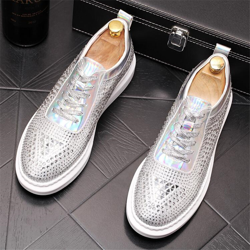 New Dandelion Spikes Flat Leather Shoes Rhinestone Fashion Mens Loafer Dress Shoes Men Casual Diamond Pointed Toe Driving Shoes 2