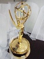 Darmowa Wysyłka Emmy Trophy1: 1 Emmy Award Trophy Replika replika 39 cm Wysokość TV Stopu Cynku Trofeum Pamiątek Kolekcje miły Prezent