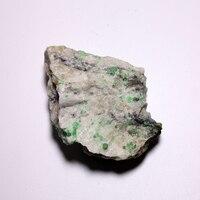 151.3g Bajo costo esmeralda natural mineral muestras de cristal de cuarzo de piedra verde de China