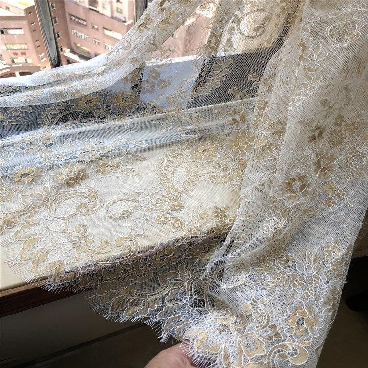 3 meter/partij goud gemengde witte pluizige textuur Franse wimper kant stof trouwjurk pluizige jurk stof - 2
