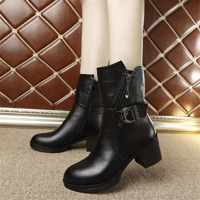 ФОТО Low High Heels Women Boots Winter Buckle Mid-Calf Boots Genuine Leathes Ladies Pumps Slip On Martin Boots Women Platform Shoes