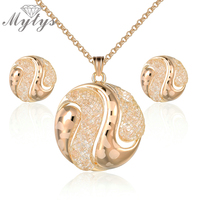 Mytys Fashion Jewelry Sets For Women New Design Crystal Wire Mesh Net Round Pendant Necklace And