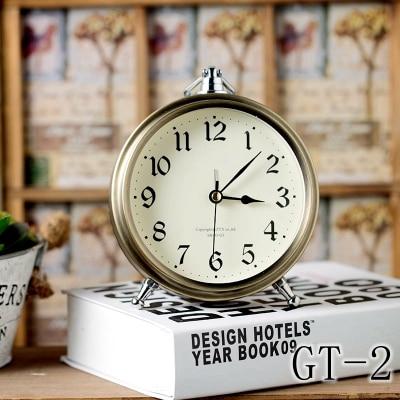 Bronze metal small alarm clock Creative desktop place adorn mute desk clock Roman numerals bedside table clock Vintage clock in Desk Table Clocks from Home Garden