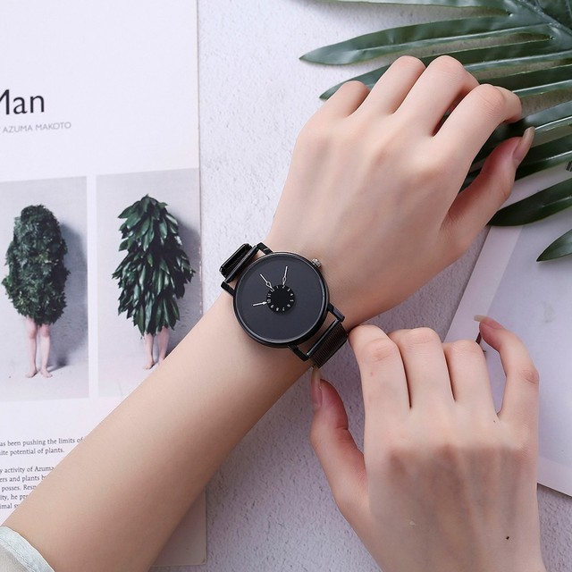 Dropshipping Fashion Creative Women Quartz Watch Unique Dial Design Watch Black Steel Mesh Belt Wristwatches Relogio Feminino