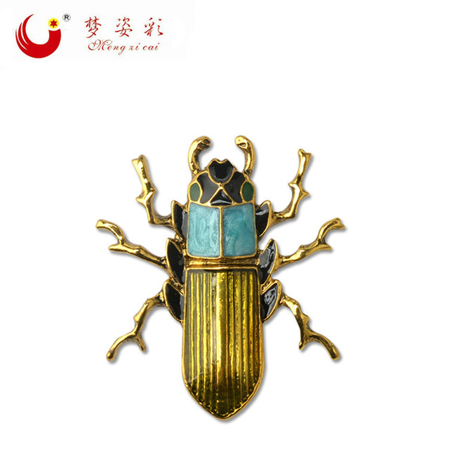2018 New Arrival Gold Alloy Brooch for Men Cockroach Broaches Retro Insect Brooc