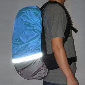 Image 4 - 10L 70L Portable lumière réfléchissante étanche à la poussière sac à dos couverture de pluie ultra léger épaule protéger outils de plein air sac de randonnée