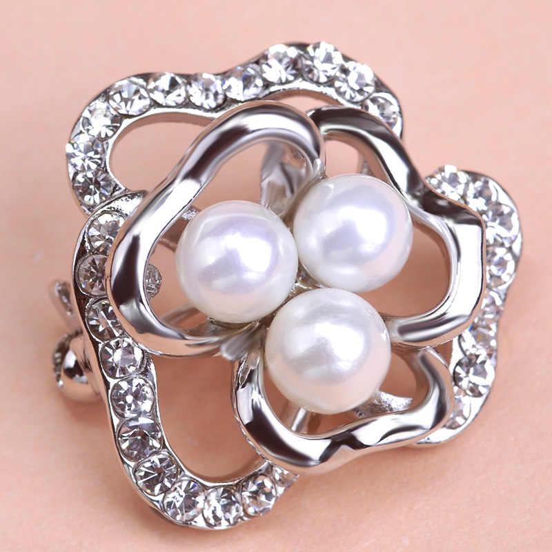 FUNMOR Bella Hollow Forma di Fiore Spilla Corpetto Oro Perle di Colore Imitazione Flora Spille Per Le Donne Clip Collare Hijab Spilli
