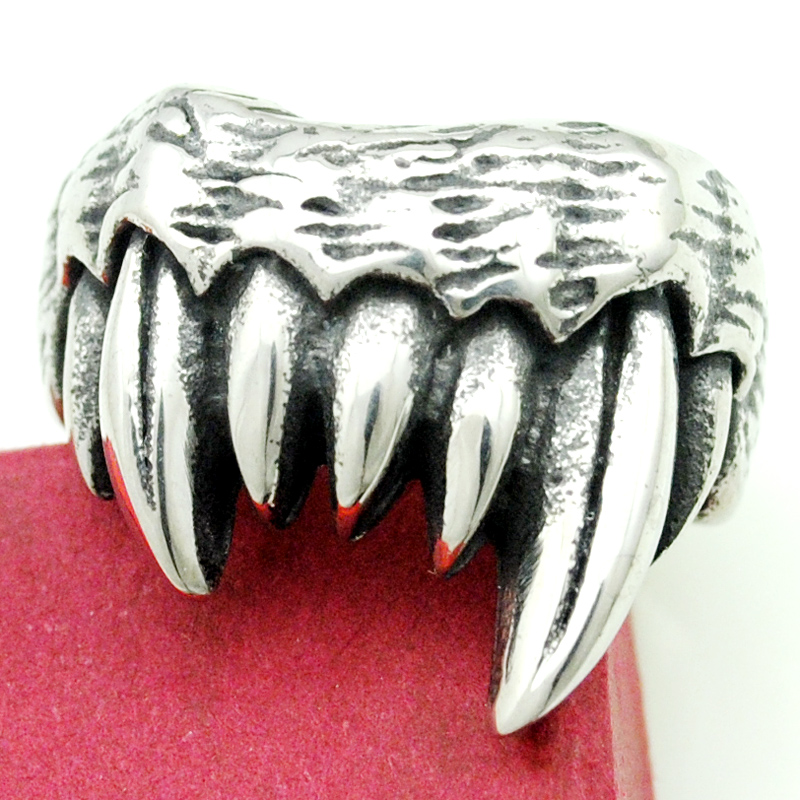 e0b9dd1ae8ff Punk Style Monster Fangs Rings For Men 316L Stainless Steel New Fashion  High Quality Rock Hip Hop Jewelry Party Gift HR298