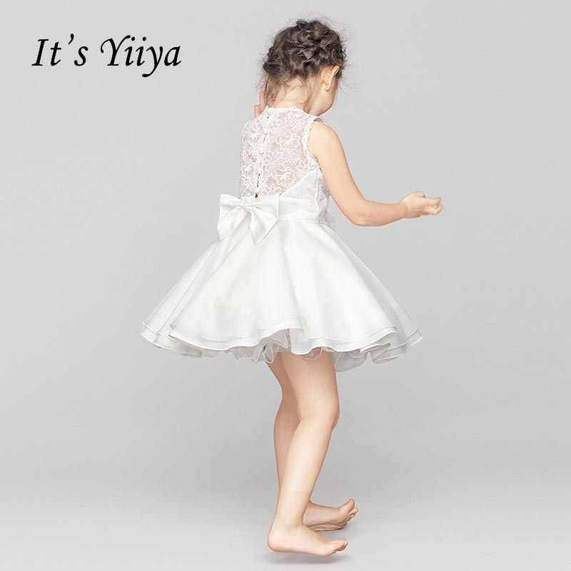 It's yiiya White Sleeveless   Flower     Girl     Dresses   Normal Party   Girls     Dress   Princess Bow Lace Illusion Ball Gown Kids   Dress   NMN001
