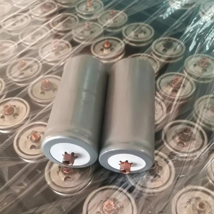 2pcs/lot Very Cheap 3.2V Lifepo4 Battery 32650 4000mah Lifepo4 Rechargeable Battery For Electric Bike