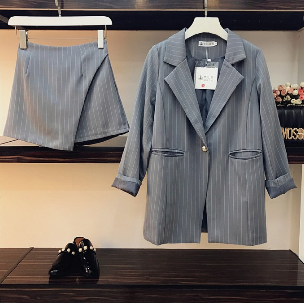c81587c986 2018 New Fashion Spring Women s Striped Suit Blazer Jacket + High Waist  Skirt Shorts Two Piece
