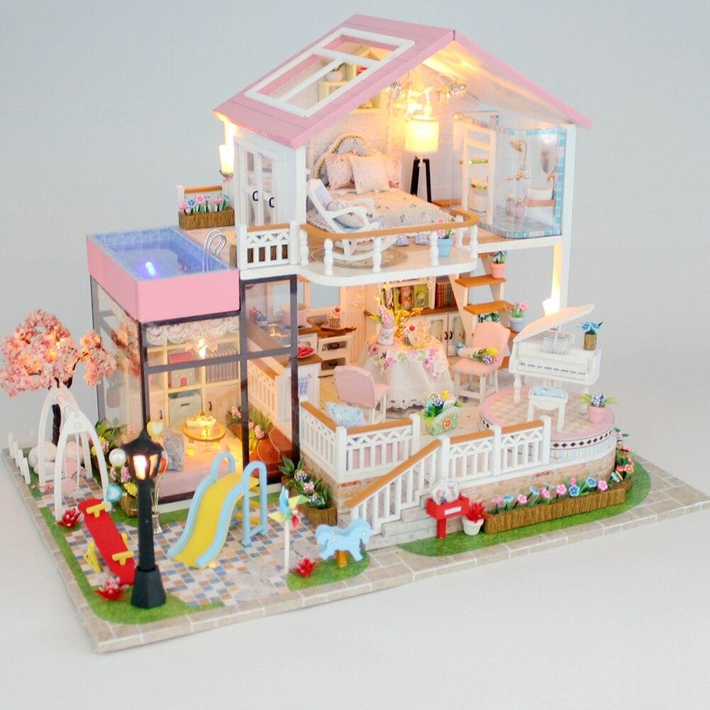 جديد Diy بيت الدمية الخشبية مصغرة دمية منازل الأثاث عدة مربع لغز تجميع الحلو كلمة دمية اللعب ل هدية الكريسماس-في منازل الدمى من الألعاب والهوايات على  مجموعة 1