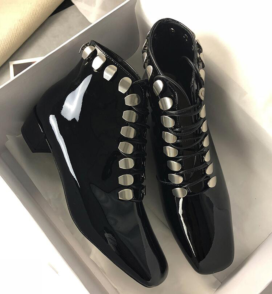 Prova Botas Talón Frente Negro Cruzada Solo Moda Cuadrados Charol Mujer Martin Tapa Dedo Pie Perfetto Del Zapatos Grueso Bajo 8gwqr6x8