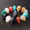 Holiday Gifts Natural Healing Carved Crystal Stone Human Reiki Drilled Hole Skull Figurine Statue Sculptures Random Color Charms