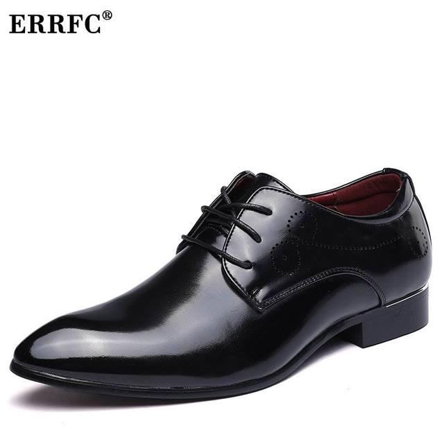 ERRFC Nuovi Uomini di Arrivo Vestito Rosso Moda Scarpe Punta A Punta Pizzo  nero Trend Scarpe e0ad5e038bc