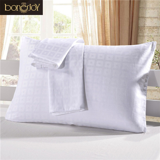 Bonenjoy White Color Pillow Covers For Hotel Home Used Plaid Pure Classy King Size Pillow Case Covers