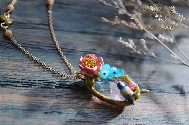 Les Nereides ** Joyería de Lujo Fruta de Verano Elegante Flor Colorida Ave Floral Declaración Collar Colgante Chapado 1