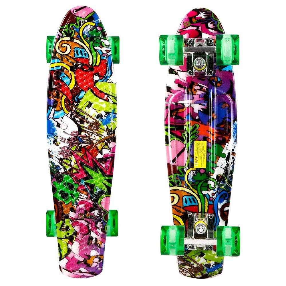 22 pouce Cruiser Style Planche À Roulettes À L'extérieur Fun En Plastique Longboard Skateboards Skate Board avec LED Lumière Roues Patins
