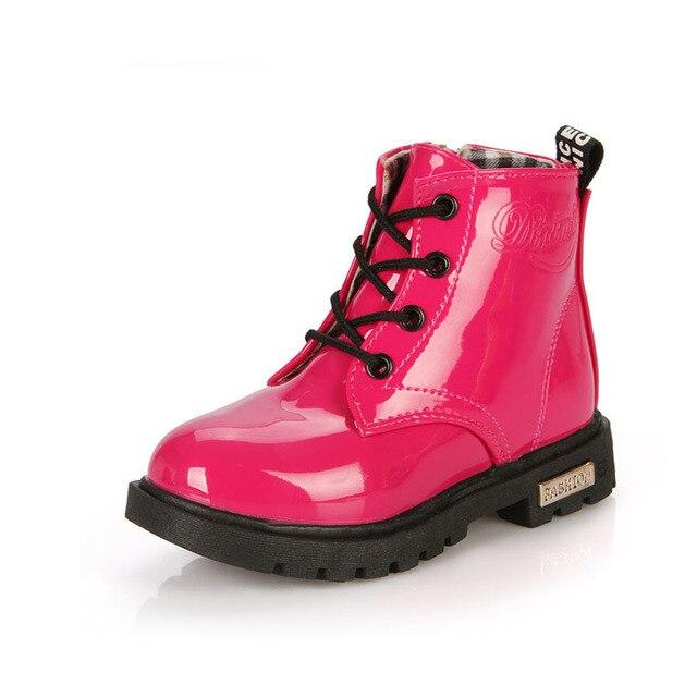 653c2f2bc7154 Enfants Chaussures Bottes de Neige PU Cuir Imperméable En Caoutchouc  Sneakers Printemps Automne Hiver Enfants Chaussure