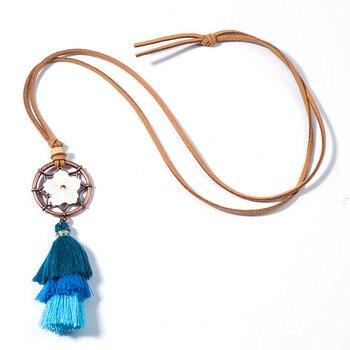 Collier bohème pompon bleu