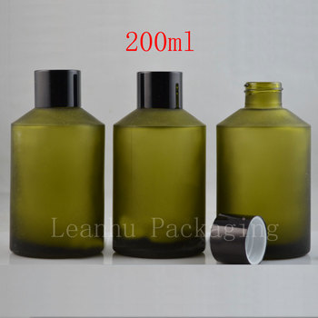 High quality 200ml light green frosted glass flower bottle with black aluminum cover with a hole inside the small cover