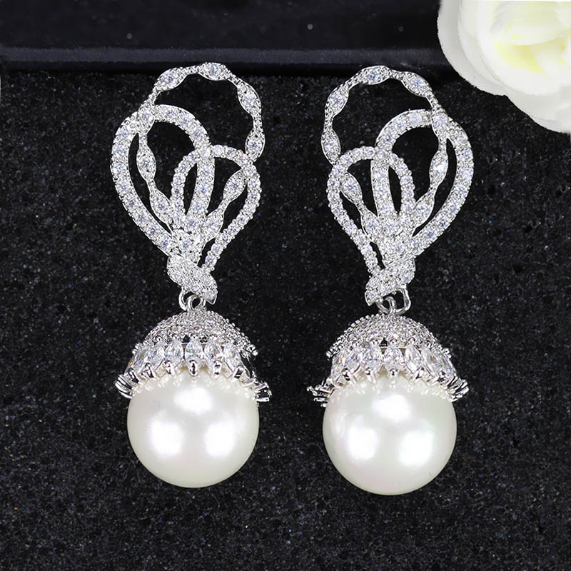 Pearl Drop Earrings-