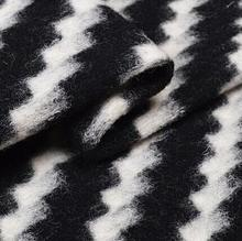 Fashion Black white thick wavy striped knit wool fabric coat Party printing super hollandais sequin design college fabric A287 цена и фото