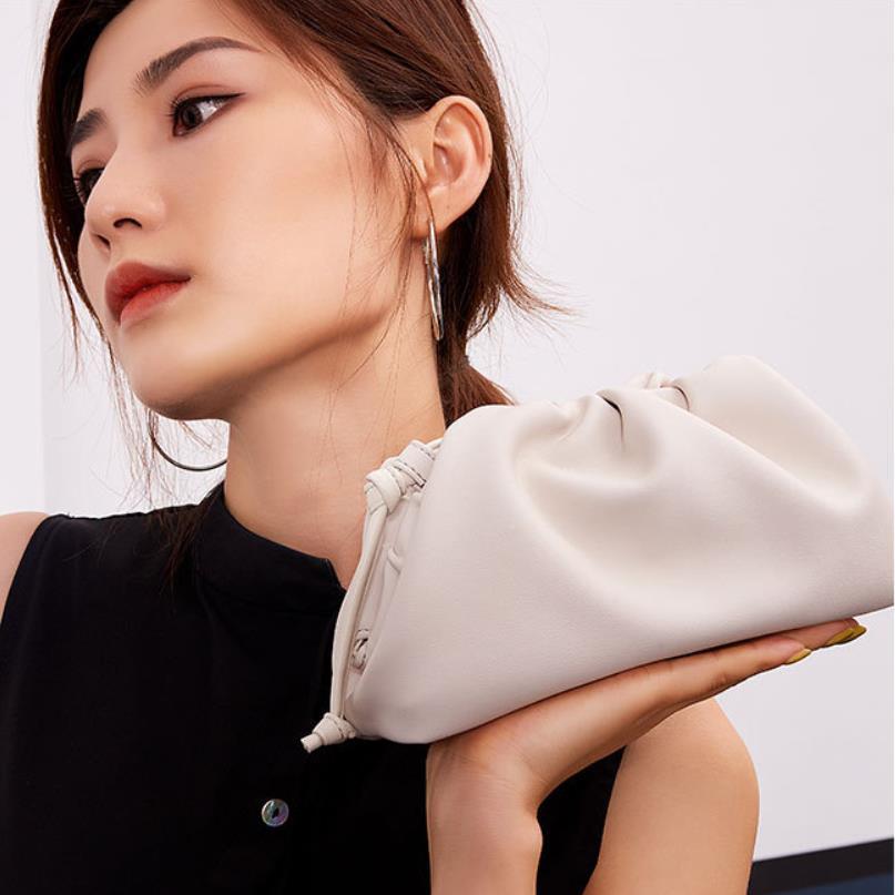 Sac beurre veau cuir blanc nuages plissé sacs à main femmes ronde pochette jour pochettes dames soirée sacs à main bolsa feminina sac