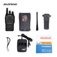 שתי דרך רדיו 2 PCS Baofeng BF-888S מכשיר קשר UHF שתי דרך CB 888s הרדיו הנייד Baofeng רדיו פנס למרחקים ארוכים עם אפרכסת (4)