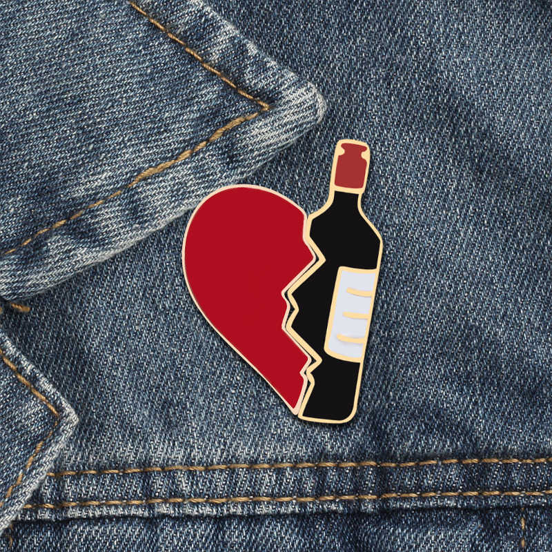 2pcs/set Broken Heart Wine Bottle Enamel Pins Fashion Love Brooch for Lover Denim Jackets Metal Badge Pin Backpack Jewelry Gifts