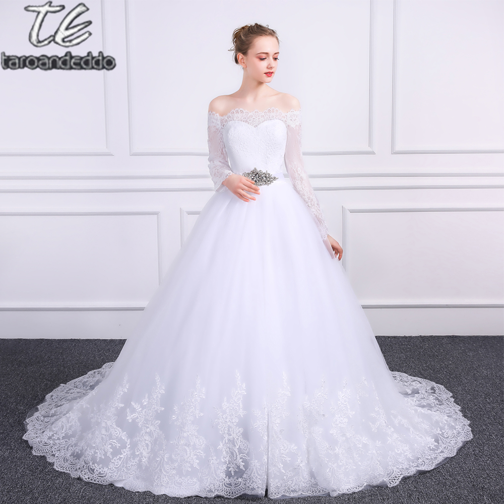 2018 Off the Shoulder Lace and Tulle Ball Gowns Shiny Belt Long Sleeves Wedding Dress with Button Bridal Gowns vestido noiva