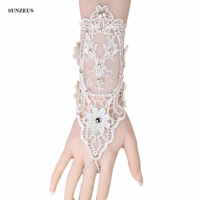 5eb128a61a6 Elfenbein Spitze Handschuhe Braut Hochzeit Handschuhe Perlen Perlen Vintage  Korean Fashion Braut-accessoires gelin eldiveni